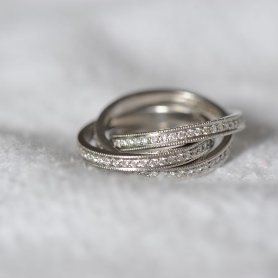 interconnected diamond bands