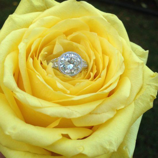 Round diamond antique style engagement ring