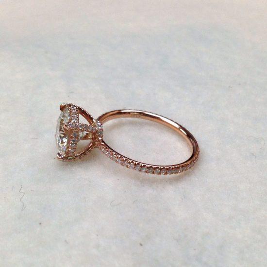 Round diamond ring set in rose gold